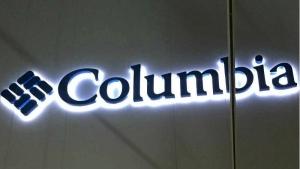Letras corpóreas en aluminio retroiluminadas